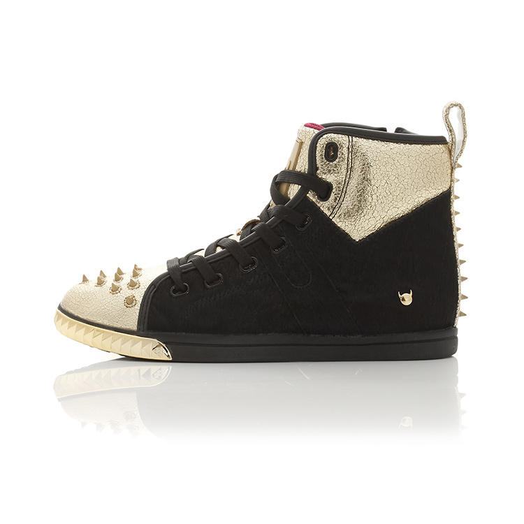 Crazy Horse II-Black  / Gold