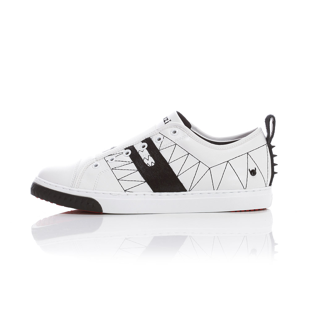 Crazy Horse Lo - White / Black