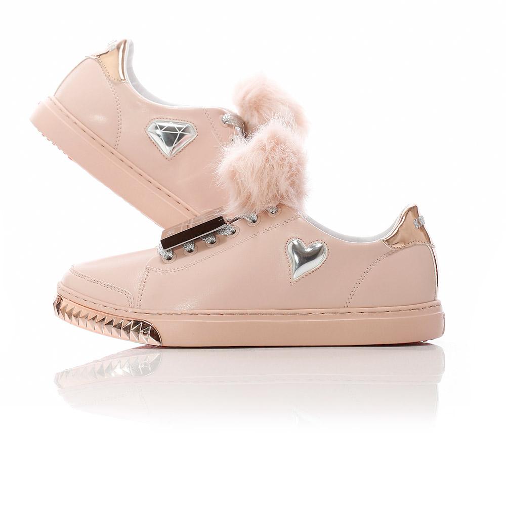 Nicki - Pale Pink